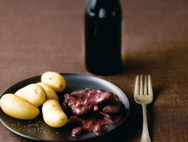 Accords mets & vins - Civet de biche au vin